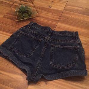 Wrangler Shorts - High waisted denim shorts